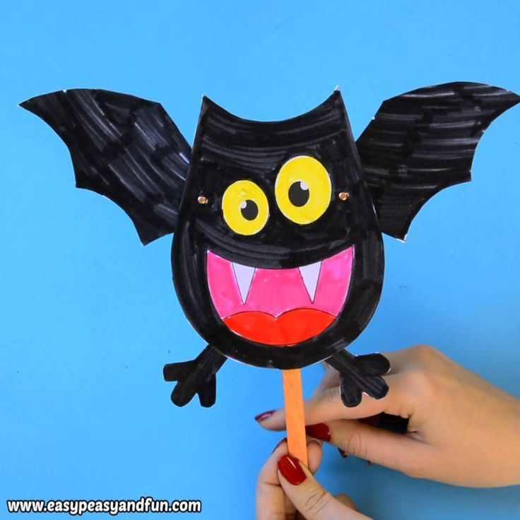 What a fun Halloween craft for kids to make. Print out the template and make you...