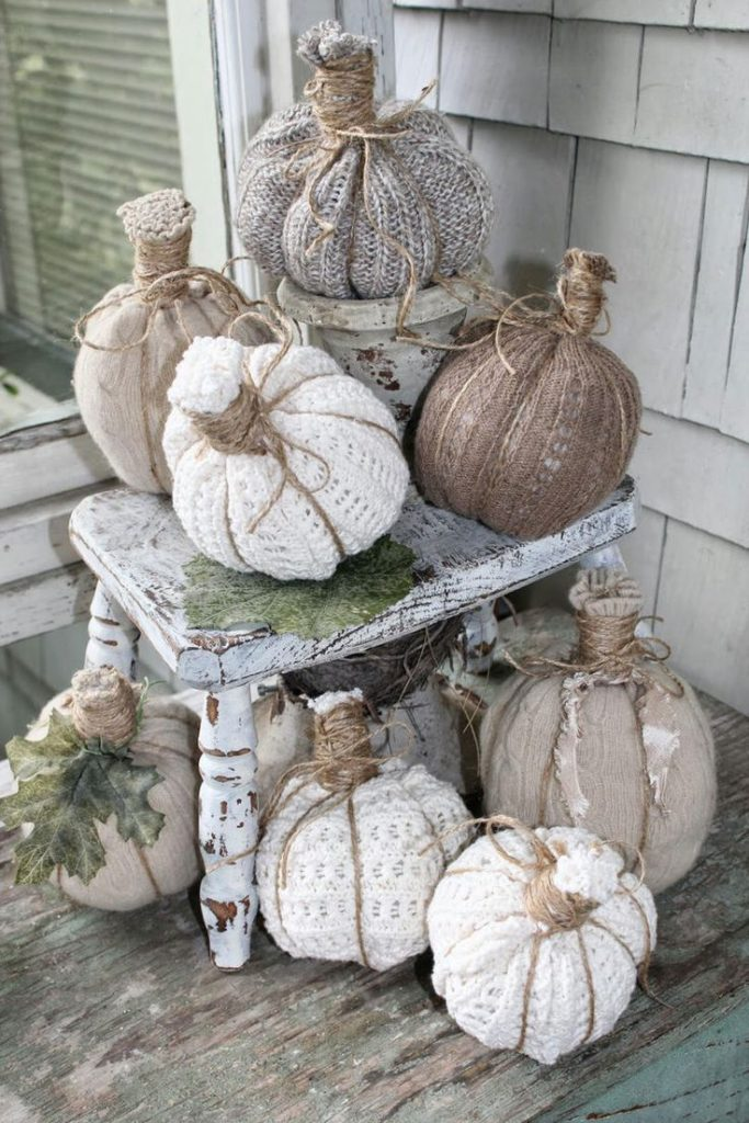 Knit Pumpkins | Positively gourd-geous. Nothing can spruce up a Southern porch i...