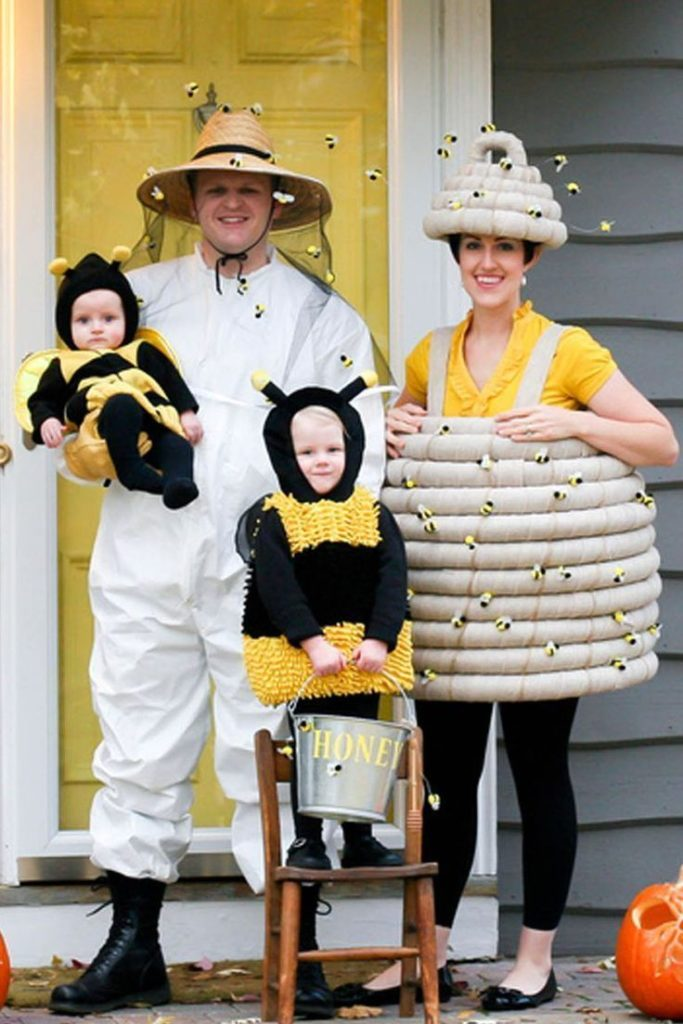 40 Super Cute Family Halloween Costumes - #costumes #cute #Family #Halloween #su...