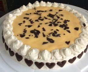 Eggnog cake with a juicy nut base