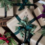 20 Easy Way To Wrap A Christmas Present