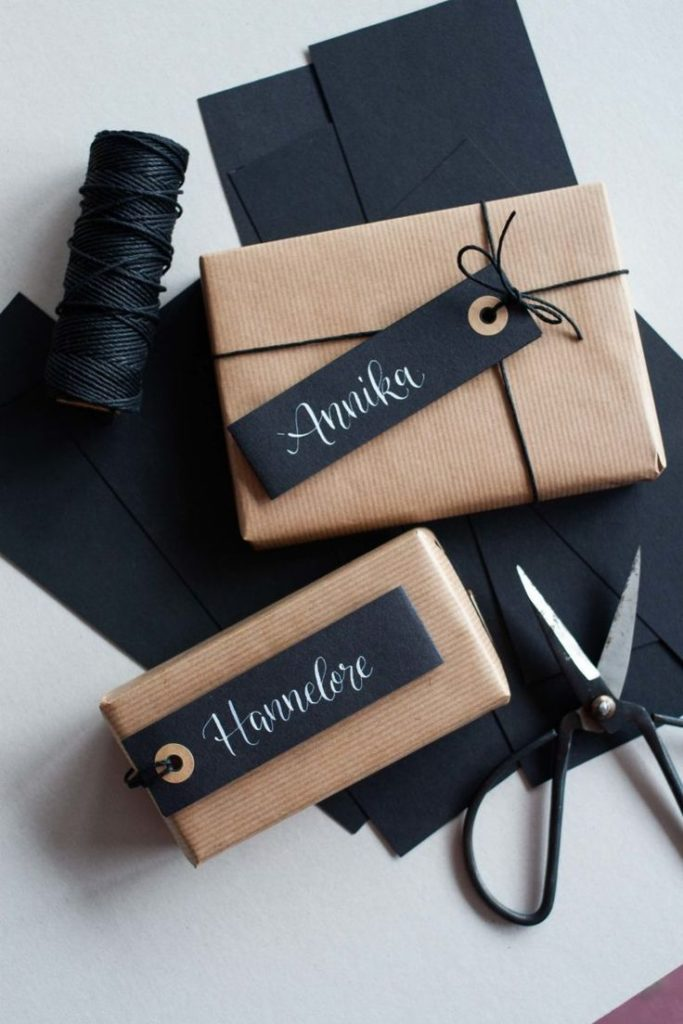 Wrapping gifts - three creative and modern ideas for inspiration