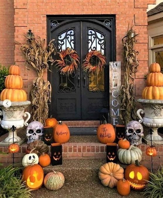 36 Never Seen Wicked Outdoor Halloween Decorations For A Spine Chilling Guest We...