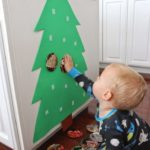 Build a photo Christmas tree for infants and toddlers