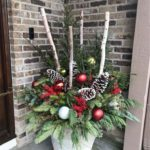 30+ Amazing Front Porch Christmas decoration ideas, winter pots, christmas decoration