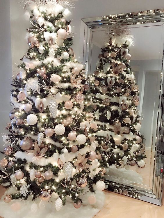 36 Rose and Gold Christmas Tree Decorating Ideas 2018 - #Christmas #Decorating #...