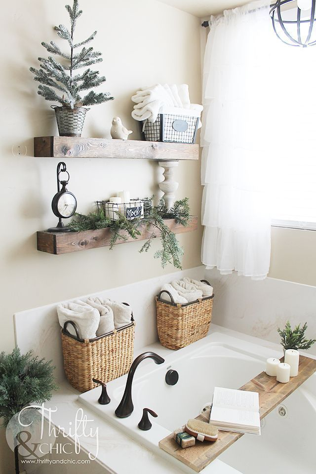 Farmhouse Christmas entrance and bathroom decor