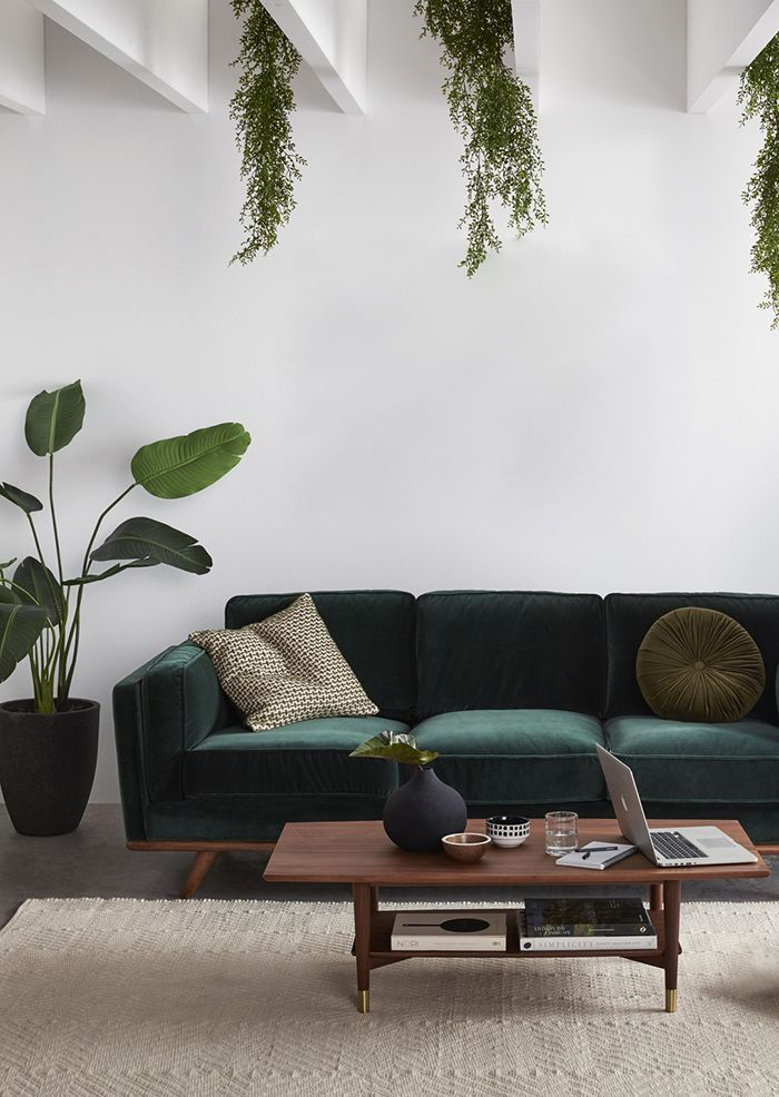 BOHO STYLE: THE GREEN VELVET SOFA - 6 STYLISH OPTIONS #cozyliving BOHO STYLE ...