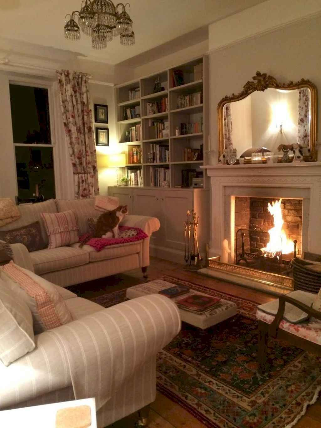 08 Gorgeous French Country Living Room Decor Ideas - DoMakeover.com