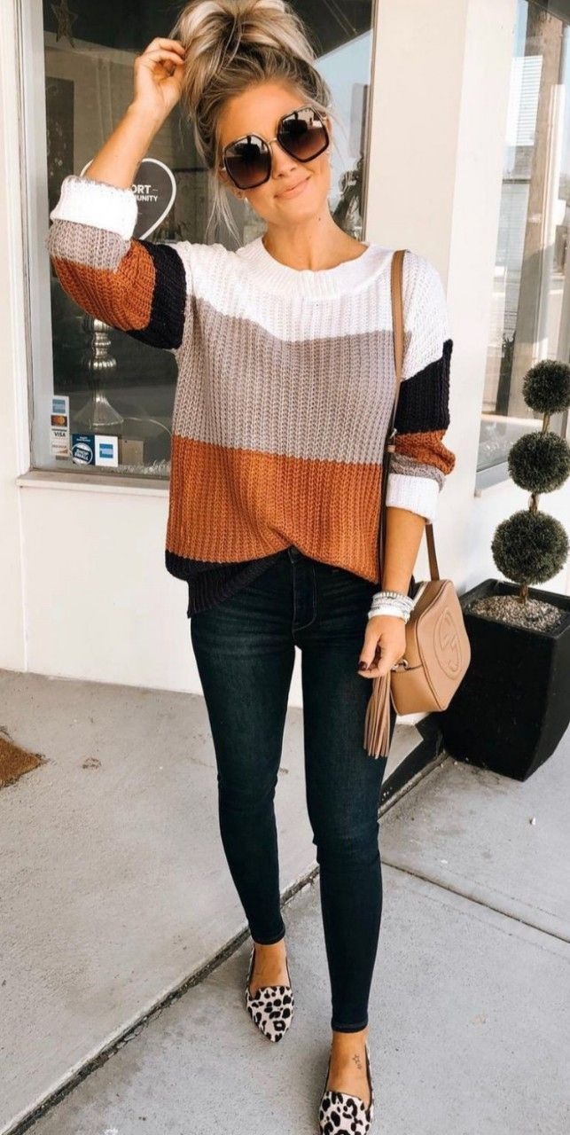 perfect autumn outfit: striped sweater, leopard flats and a chic shoulder bag